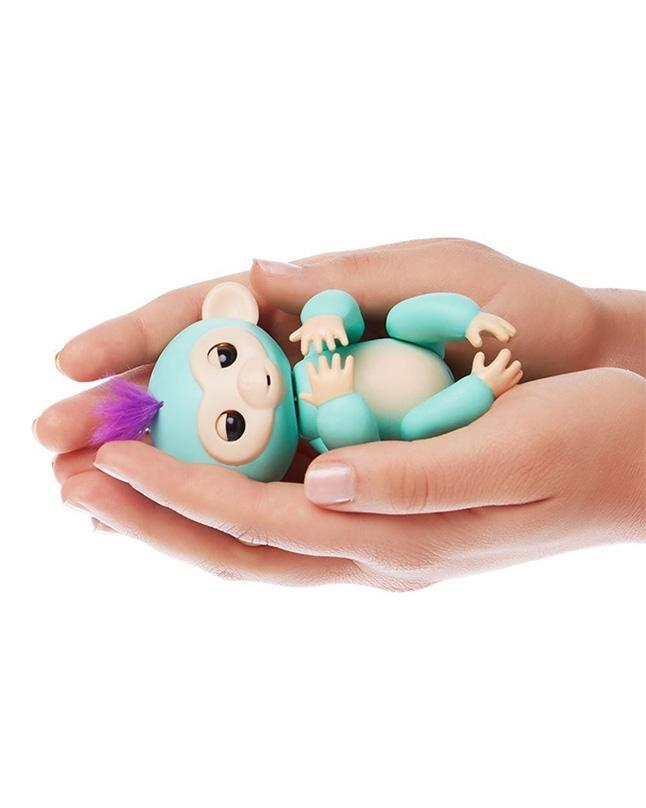 Fingerlings - Interactive Baby Monkey - Zoe - Green