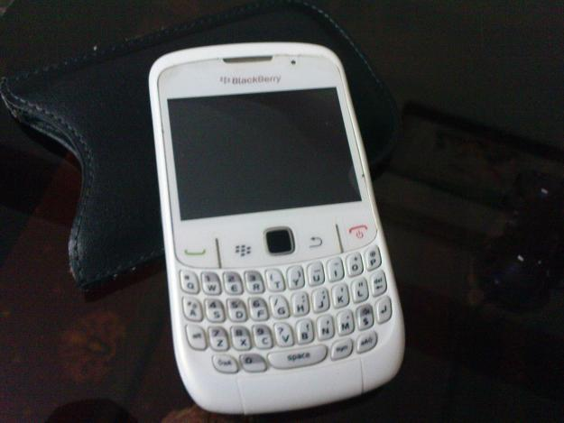 1351922857-452060427-1-blackberry-curve-8520-for-sale-and-exchange-in-just-7000-baghban-pura.jpg