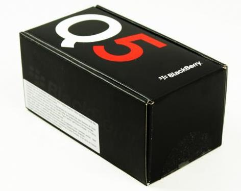 15-blackberry-q5-unboxing-01.jpg