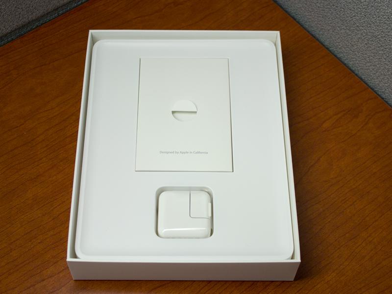 2012ipadunbox-gall06.jpg