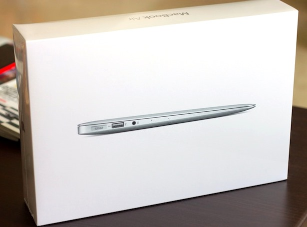 2013-macbook-air-unboxing.jpg