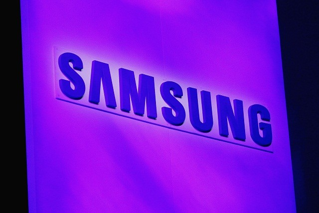 374765-samsung-galaxy-s4-zoom-and-active-features-revealed-online.jpg