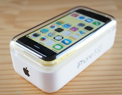 apple-iphone-5c-unboxing-14.jpg