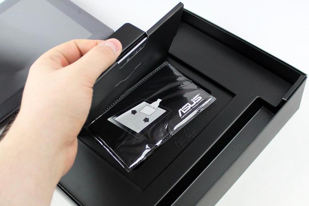 asus-transformer-pad-infinity-unboxing-08.jpg