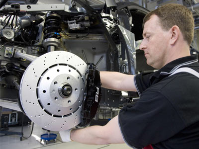 change-brake-pads-4etqt.jpg