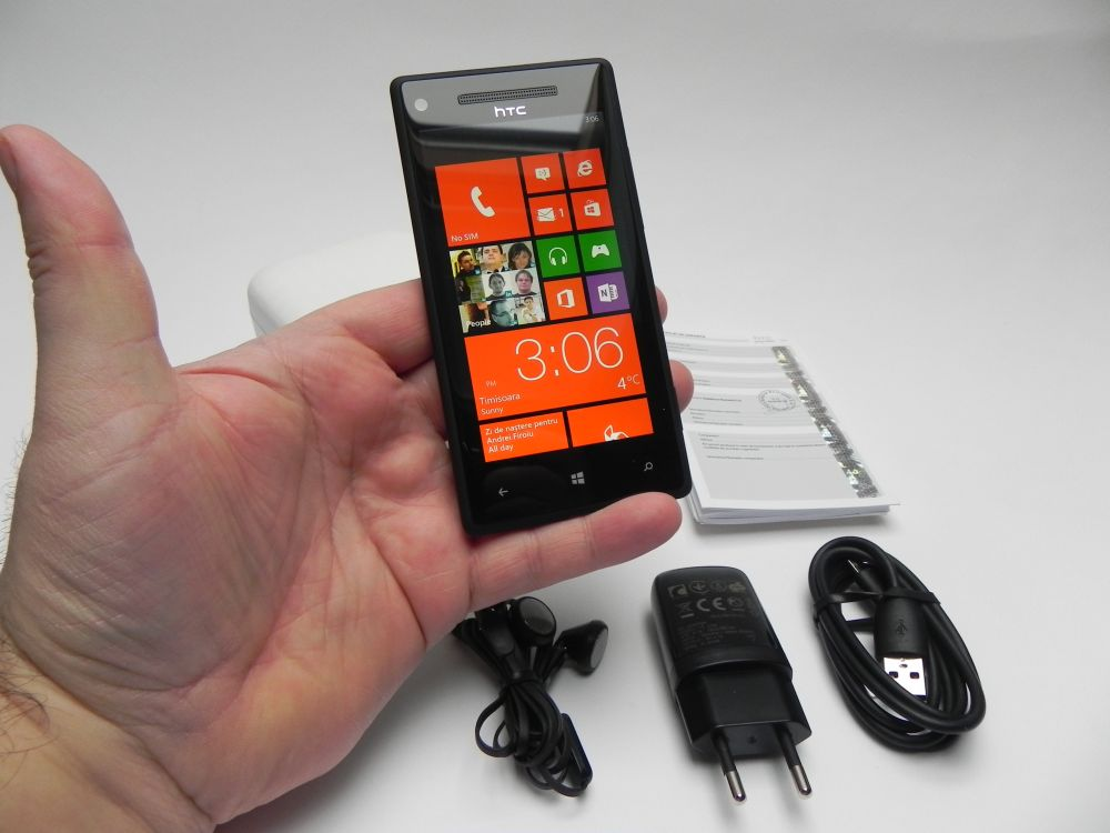 htc-windows-phone-8x-review-gsmdome-com-05.jpg