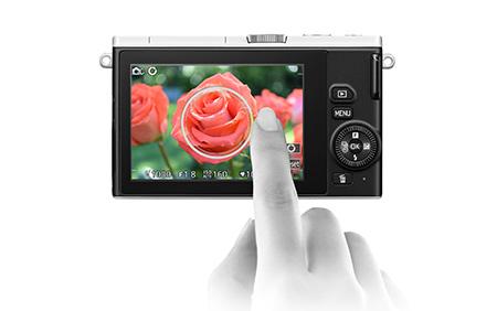 nikon-1-j4-touch-screen-lcd-monitor-thumb.jpg