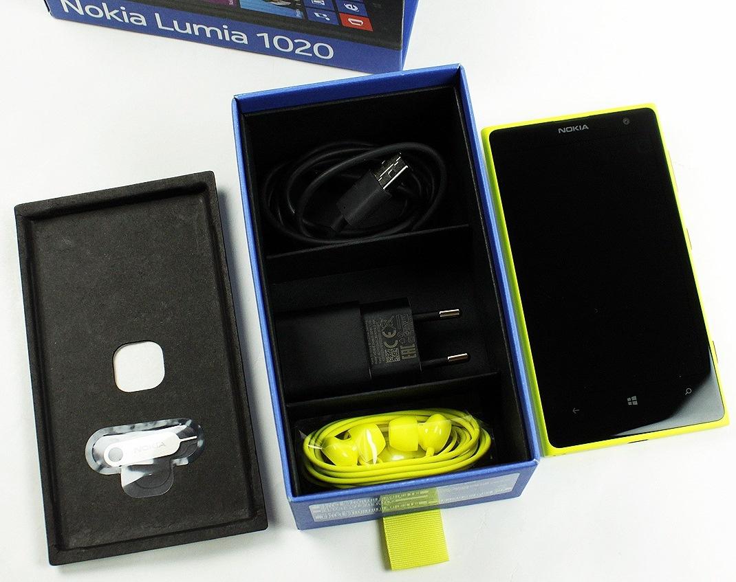 nokia-lumia-1020-unboxing-09.jpg
