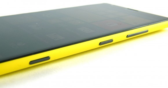 nokia-lumia-1520-lands-in-australia.jpg