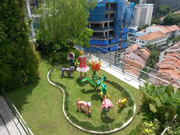 s4mini-statuepark.jpg