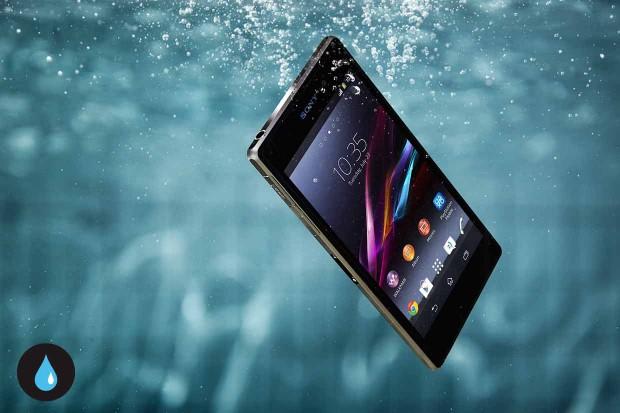 xperia-z1-features-durability-waterproof-1240x826-2de812405d634b4e18f5e36777dd0156-620x413.jpg